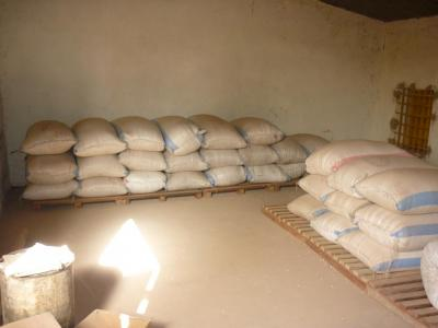 sacs de sorgho stockés