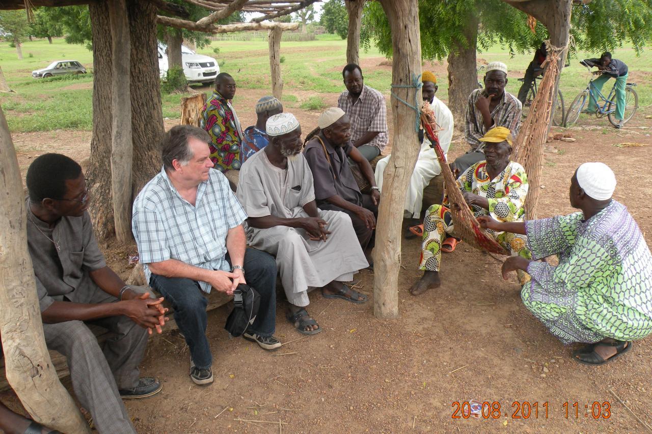 rencontre avec le chef du village